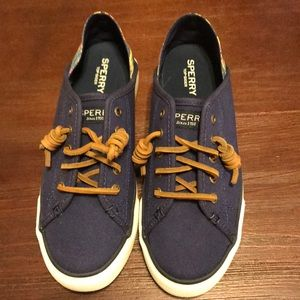 🔆Sperry Seacoast canvas shoes🔆